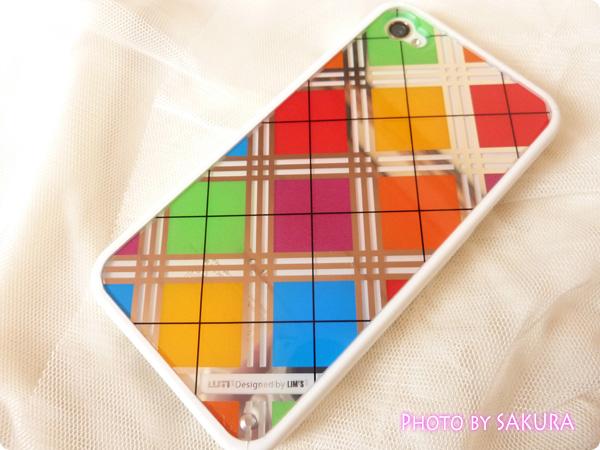 日本未発売のLIM'S正規品「iPhone4S レインボーケース Final Edition」iPhone装着してみた