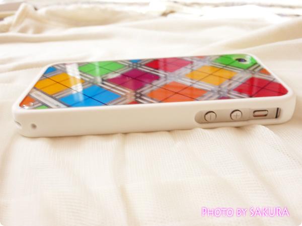 日本未発売のLIM'S正規品「iPhone4S レインボーケース Final Edition」マナーモードボタンと音量ボタン