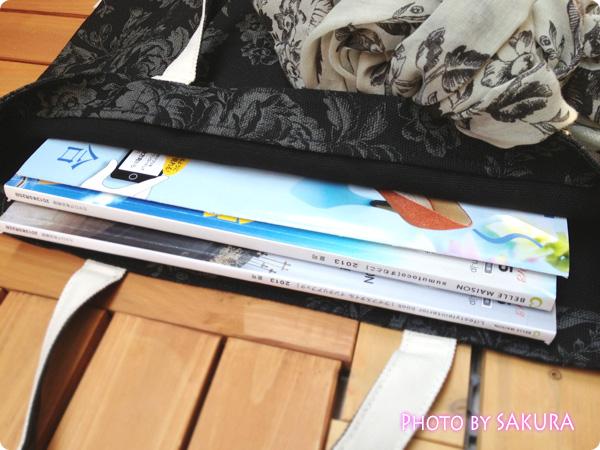 CABBAGES & ROSESキャンバストート(大)D BLACK ベルメゾンの雑誌を入れてみた