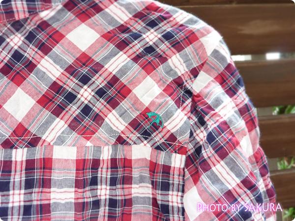 アーノルドパーマータイムレス(レディス) シャーリングチェックシャツ 傘マークは右肩に背中にある