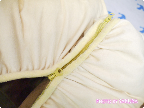 【FELISSIMO(フェリシモ)】 フェリシモのふんわりビッグパンクッション(4種) チョコゴロ寝 ダブルファスナー