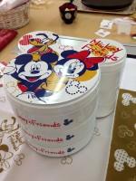 【おせち2014】ミッキーフェイスのシルエット型お重がカワイイ!「おせち・ミッキー&フレンズ(ディズニー)」(冷凍盛り付け済)