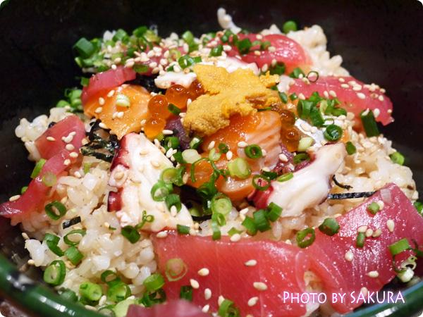 海鮮ひつまぶし丼アップ