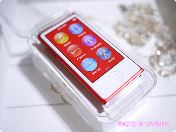 iPod nano 第7世代 [16GB] (PRODUCT)RED 箱の蓋をあけたところ