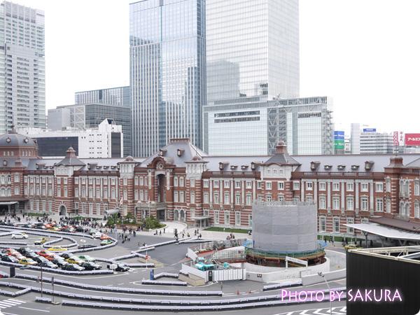 丸ビル「椿屋茶房」から見える東京駅