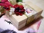見た目も美しい桐箱に入った和チョコ『夢二 by PONTO 生け花』