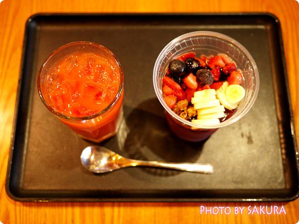 【先行販売】タリーズコーヒー アサイーボウルとブラッドオレンジジュース
