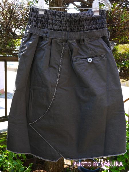 オシャレウォーカーオリジナル『アシンメトリーデザインカーゴスカート』 バックスタイル