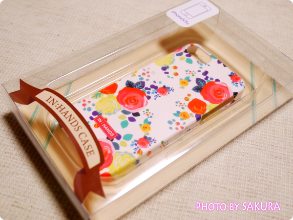 happymori『Flower Cluster』White rose柄 iphone5s パッケージ表