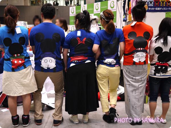 【ベルメゾンネット限定】みんなでつながるサッカー応援ディズニーTシャツ みんなで着てみた!2