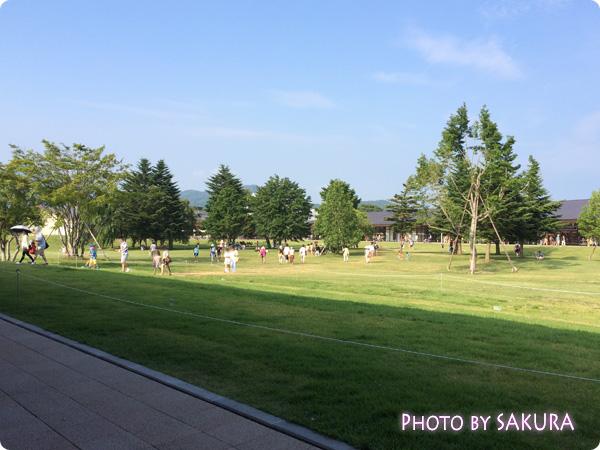 軽井沢プリンスショッピングプラザ(軽井沢アウトレット) 芝生のひろば