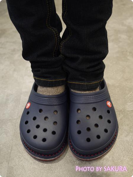 crocslodge slipper クロックスロッジ スリッパ ネイビー(紺)を履いてみた