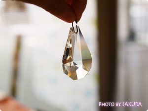 FELISSIMO フェリシモ チェコの職人が作ったシャンデリア ボヘミアガラスのインテリアルースの会 雫型