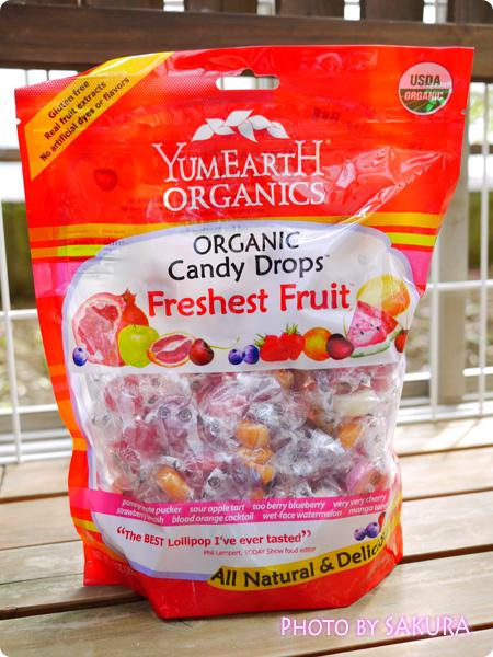 iHerb アイハーブ Yummy Earth, ヤミーアース, オーガニック キャンディドロップス, フレッシュフルーツ, 13 oz (369 g)