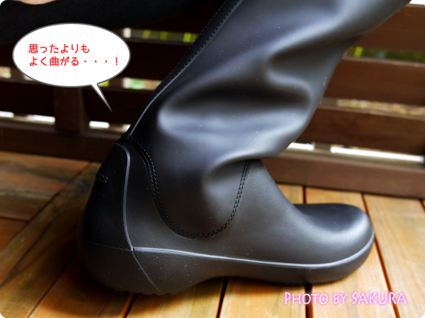 クロックス「rain floe boot w レインフロー ブーツ ウィメンズ」思ったよりも足首柔らかい