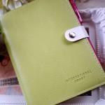 『ほぼ日手帳』カバーを安くしたい!100均フェイクレザー文庫カバーが使いやすい