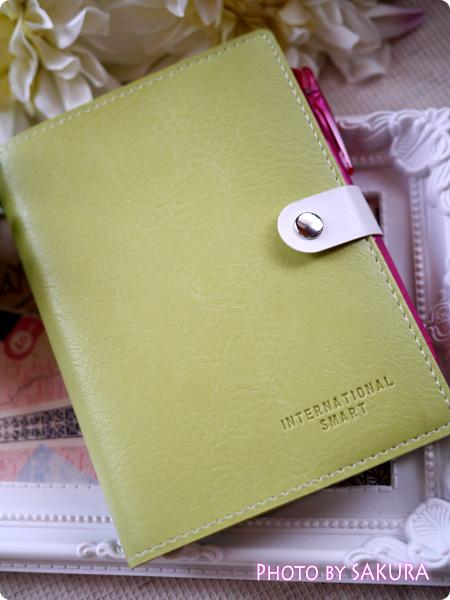 『ほぼ日手帳』カバー 100円均一のフェイクレザーの文庫カバーがなかなか使いやすい