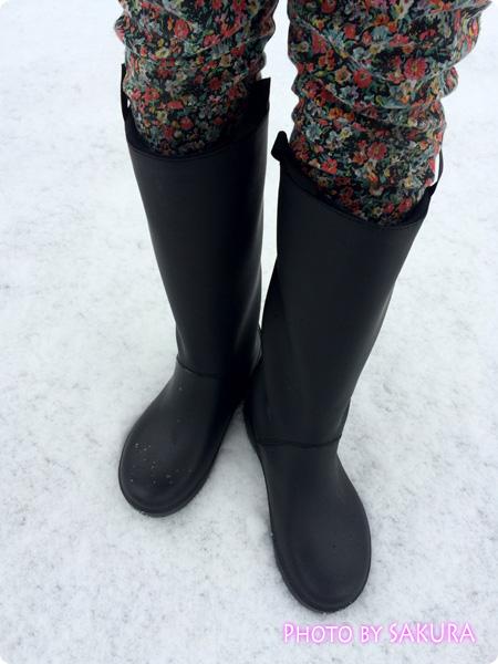 クロックスのレインブーツ「rain floe boot w レインフロー ブーツ ウィメンズ」雪の日も快適