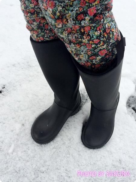 クロックスのレインブーツ「rain floe boot w レインフロー ブーツ ウィメンズ」雪の日に履いてみた