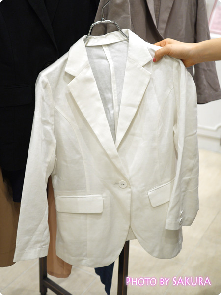 セシール and moi 麻混テーラードソフトジャケット ホワイト