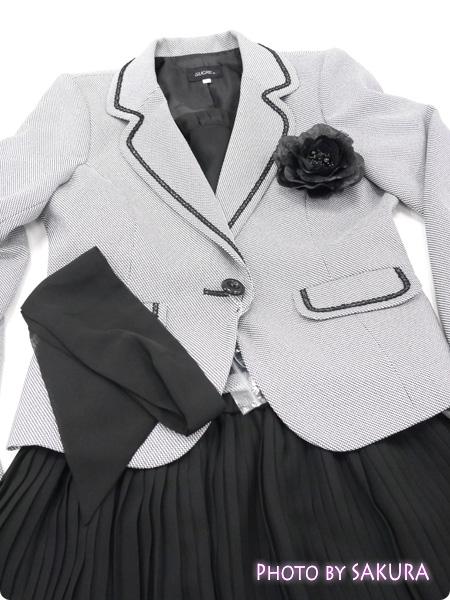ニッセン 卒業式・入学式(卒園式・入園式) 異素材スーツ  コサージュ・リボン・胸当て付