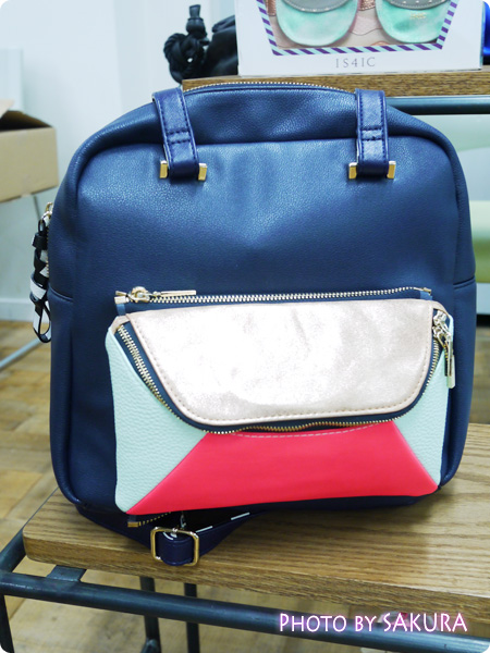 IS4IC(アイエスフォーアイシー)『Over A Mirror Rucksack』全体