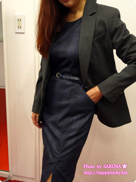 ランズエンド営業担当に聞くオフィスのワンピース着回しコーデ術 ベルト+ジャケット使いで格好よく