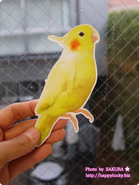 フェリシモ YOU+MORE! こんなところに鳥が!? インコがとまるコードキーパーの会 オカメインコ アップ