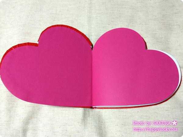 北欧雑貨フライングタイガー ハート型ノート 内側はピンク