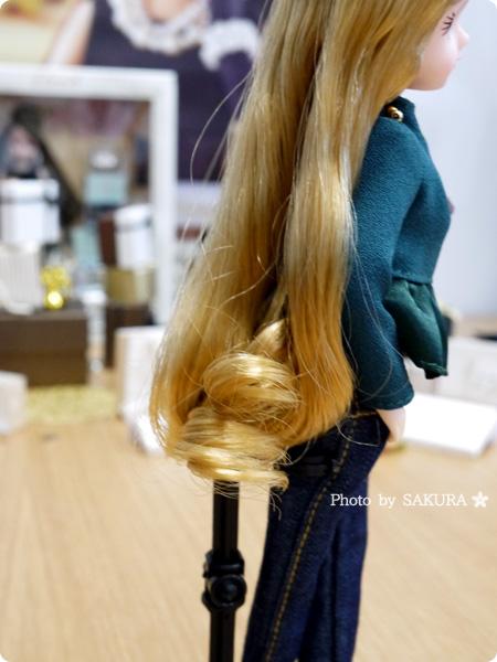 第1弾 リカ スタイリッシュドールコレクション 「オリーブぺプラム スタイル」 大人向けリカちゃん スタイリングされたヘアのカール