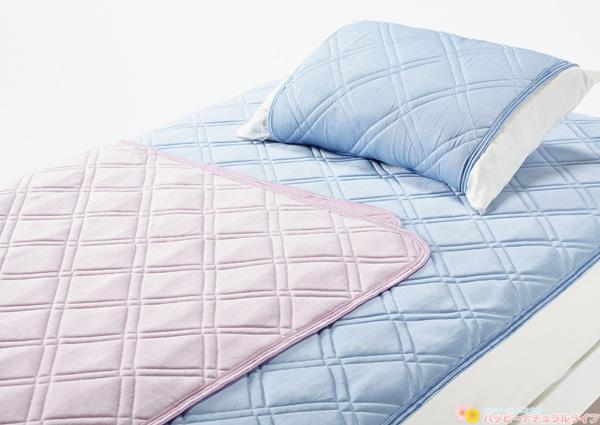 クールタッチ 冷感パッドシーツ / 冷感ピローパッド「東京西川 COOL SLEEP キャンペーン」接触冷感素材とWメッシュ構造で、冷たさと通気性を高めた商品