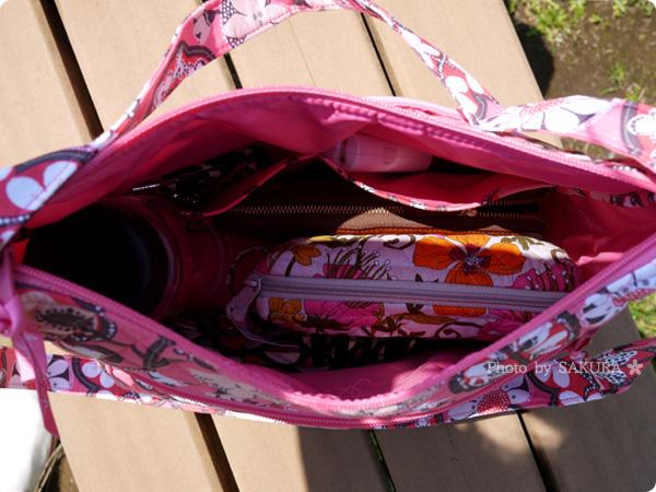 Vera bradley(ヴェラブラッドリー) Carryall Crossbody(キャリーオール・クロスボディ) Blush Pink(ブラッシュ・ピンク) 実際に荷物を入れてみた