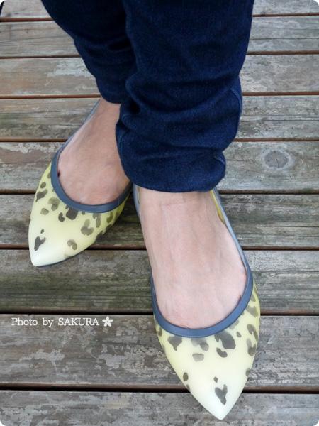 crocs rio leopard fade flat w(クロックス リオ レオパード フェイド フラット ウィメン) 着画その1