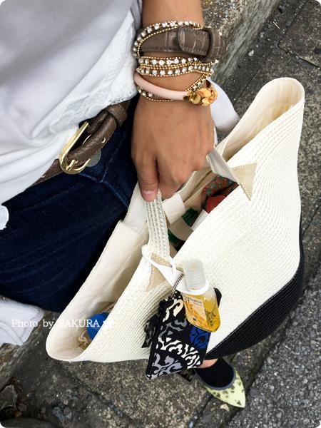 Bosco Import(ボスコインポート)限定 Caterina Bertini(カテリーナ・ベルティーニ)のバイカラーかごバッグ一つで夏コーデに