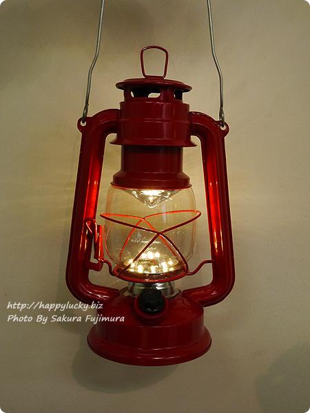 FELISSIMO フェリシモ「まるで本物の灯(あか)りのよう レトロな風合いのLEDランタンの会」 レッド