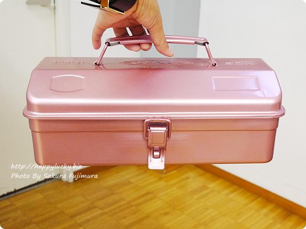 フェリシモ「老舗工場で作られる 上品スチール工具箱〈レトロピンク〉」 全体 その1