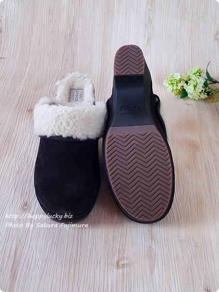 crocs sarah luxe lined clog w(クロックス サラ ラックス ラインド クロッグ ウィメン) Uアウトソールの上に「クロスライト」素材でデュアルコンフォートな履き心地