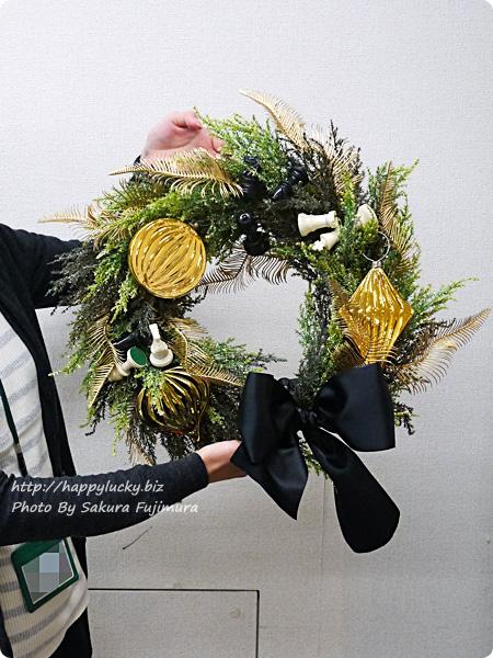 ジェーンパッカー×日比谷花壇コラボ クリスマス2016 JANE PACKER アーティフィシャルリース「キングオブゲーム」 サイズ感