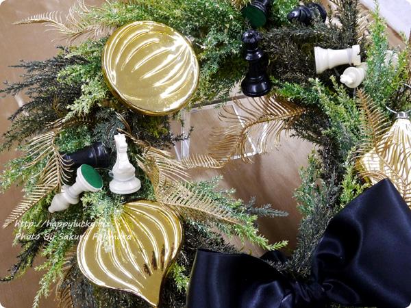 ジェーンパッカー×日比谷花壇コラボ クリスマス2016 JANE PACKER アーティフィシャルリース「キングオブゲーム」 チェスの飾り個性的
