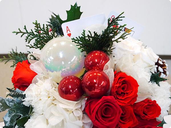 ジェーンパッカー×日比谷花壇コラボ クリスマス2016 JANE PACKER プリザーブドアレンジメント「ハートのA」 レッドとホワイト貴重のたのしい気分になるアレンジメント