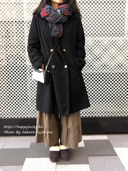 クロックス サラ ラックス ラインド クロッグ ウィメンで冷え取りファッション(着画)ガウチョ カーキ 正面