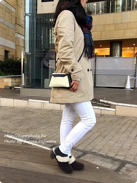 クロックス サラ ラックス ラインド クロッグ ウィメンで冷え取りファッション(着画) スキニーパンツ 白 全体