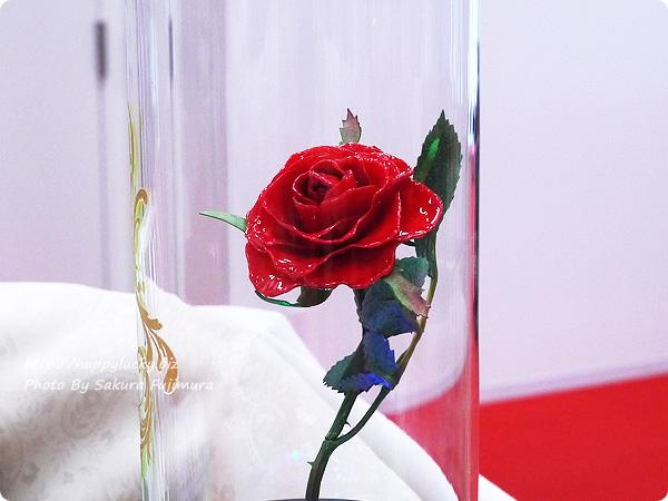 日比谷花壇 ディズニー マージュフラワー「マジカルローズ」(ディズニー映画 『美女と野獣』より 薔薇部分アップ