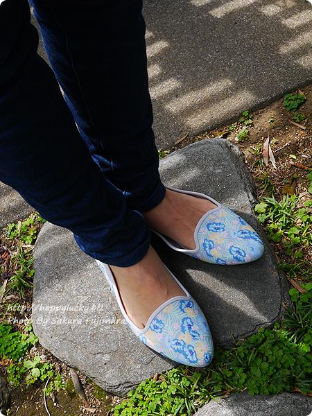 クロックス(crocs)Women's Crocs Eve Graphic Flat クロックス イヴ グラフィック フラット ウィメン  花柄パンプス履いてみた 着画
