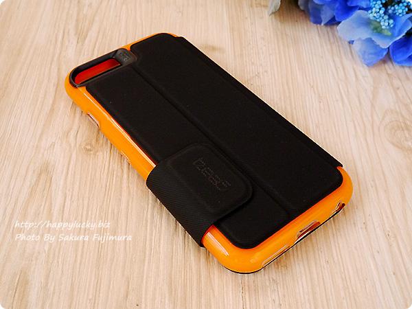 【GEAR4】iPhoneケース 耐衝撃 英国女王賞受賞のD3Oテクノロジー採用手帳型ケース 全体 外観裏
