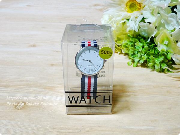 3COINS(スリーコインズ) 500円のストライプのバンドのプチプラ腕時計 パッケージ表