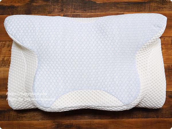 横向き寝専用枕【YOKONE2】 横に向いて寝る人用なので形状が特殊