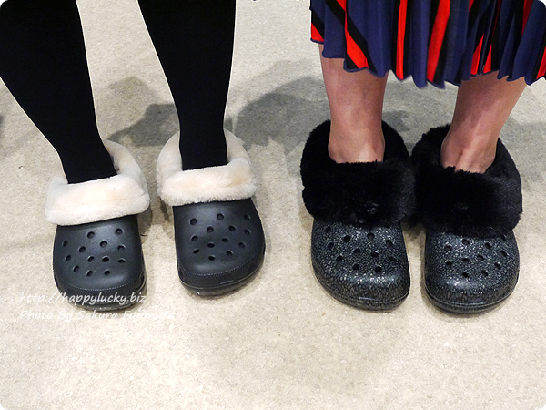 crocs クロックス Classic Mammoth Luxe Radiant Clog クラシック マンモス ラックス ラディアント クロッグとClassic Mammoth Luxe Shearling Lined Clog クラシック マンモス ラックス クロッグ着画