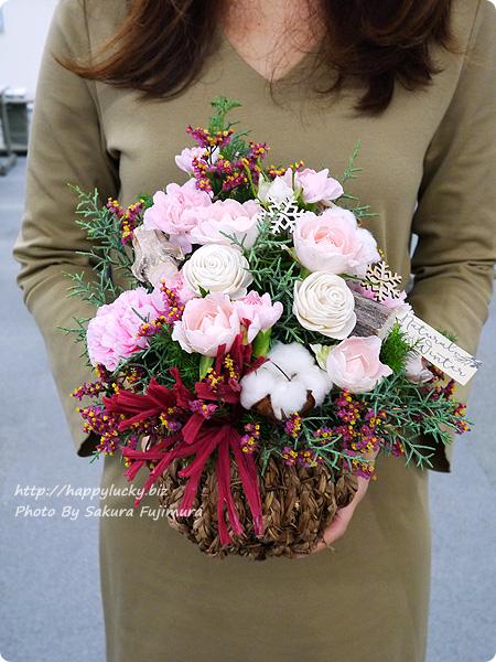 日比谷花壇 クリスマス アレンジメント「サパン ド ノエル」サイズ感