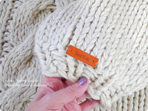 楽天市場ジャングルジャングル J.EVERY レディース ローゲージ タートルネック ニット 《 Low gauge Turtle-Neck Knit 》 袖の革タグがかわいい